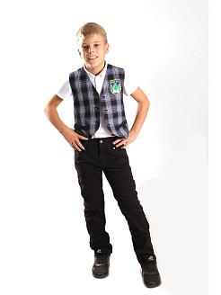 Черную или белую одежду выбрать для мальчиков