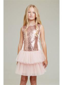 Какой цвет одежды выбрать девочке